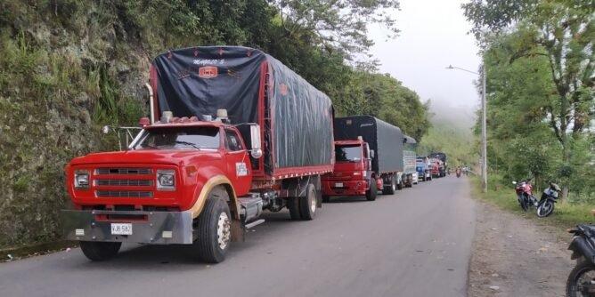 Respaldan el paro nacional con bloqueo de la vía Circunvalar Galeras   Noticias de Buenaventura, Colombia y el Mundo